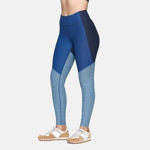Outdoor Voices 7/8 Springs Tri Color Leggings